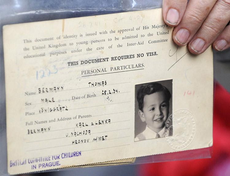 Pasaporte que Nicholas Winton confeccionó para salvar a un niño