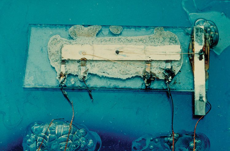El primer circuito integrado de la historia