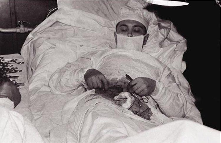 Antártida, 1961: un cirujano se extirpa su propio apéndice - Abadía ...