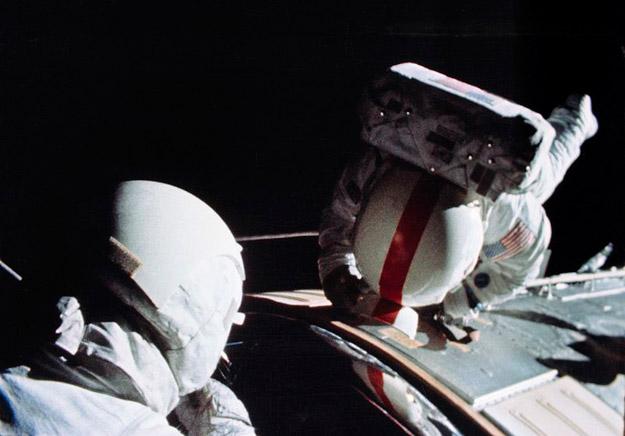 Paseo espacial de Thomas Mattingly II