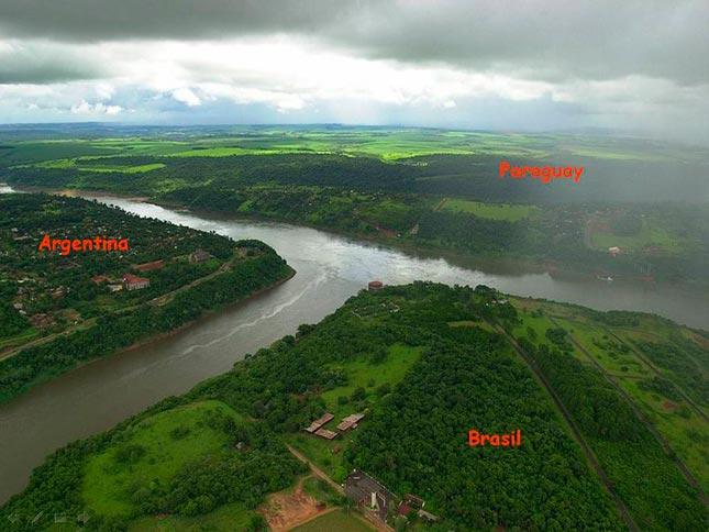 El punto exacto que separa Brasil, Argentina y Paraguay