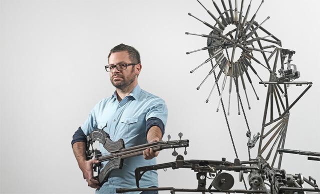 Una orquesta construida con armas incautadas a cárteles de la droga