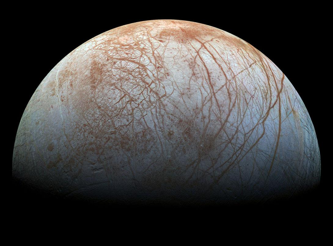 La imagen más detallada que se ha publicado nunca de la luna Europa