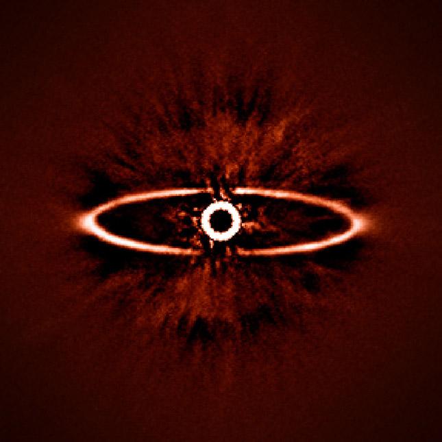 No es el Ojo de Sauron, sino la estrella HR 4796A