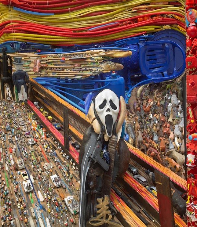 Habitación llena de objetos adopta la forma de la cara de El Grito de Munch