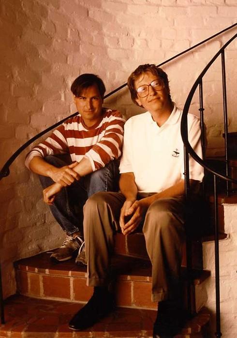 Steve Jobs y Bill Gates de jóvenes