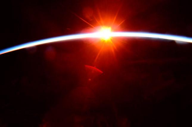 Amanecer en la Estación Espacial Internacional