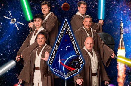 La NASA disfraza a los astronautas de la Estación Espacial Internacional de Jedi