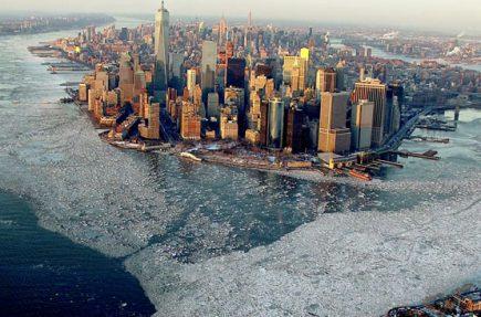Nueva York rodeada de hielo