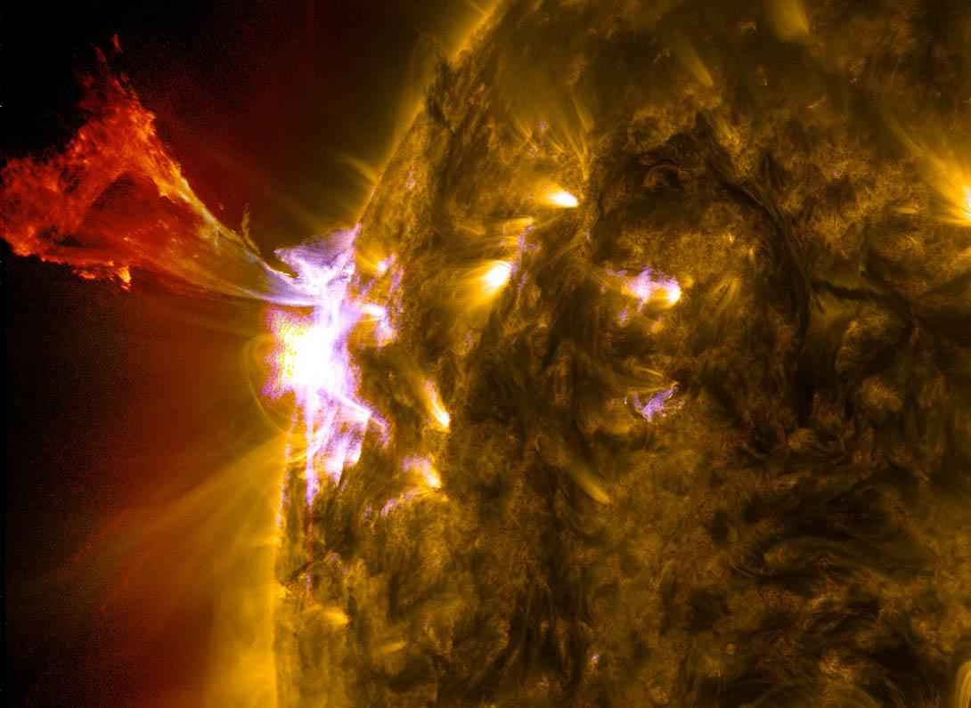 Asombrosa erupción solar captada por la NASA