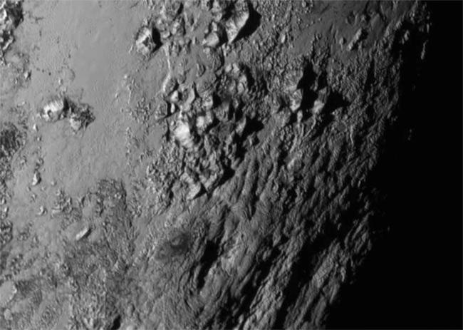 La superficie de Plutón vista en 3D